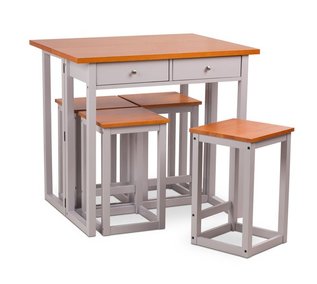 Extendable Table with stools